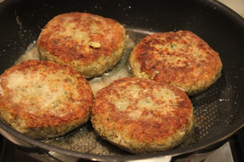 lentil_burgers_onion_beetroot8