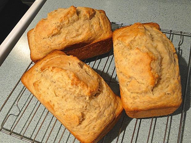 bread-608308_1920